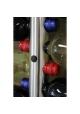 Væghængt vinholder til 12 flasker